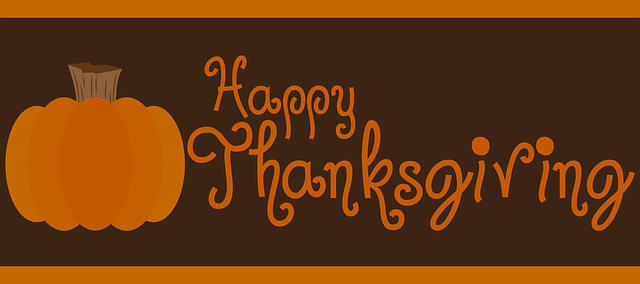happy thanksgiving graphic from send flowers and hostess thanksgiving gifts