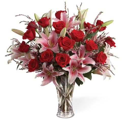 Long Stem Rose And Lily Elegance In Lenox Vase At Send Flowers