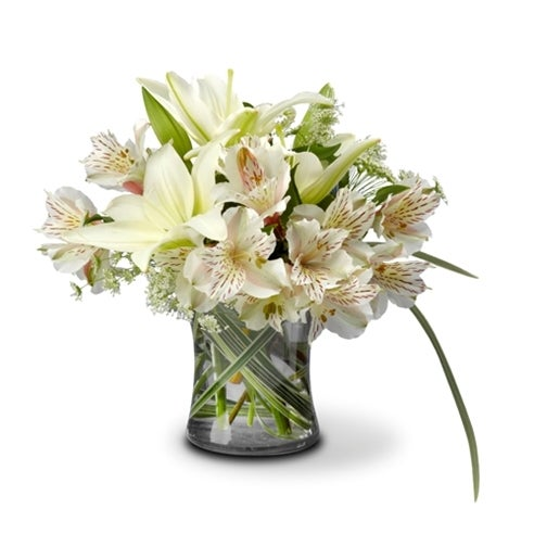 White flower arrangement with lilies and alstromeria for delivery