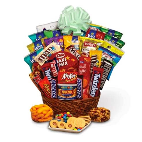 st pattys day gift basket for st pattys gift delivery with assortment candy, snacks, and treats