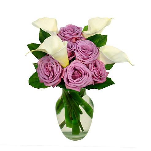 Lavender roses and white calla lilies in the rose and lily bouquet for same day flowers delivery