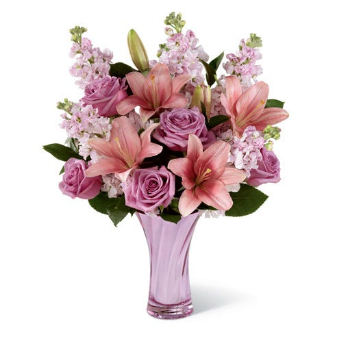 Pink lily bouquet with pink roses and free delivery flowers