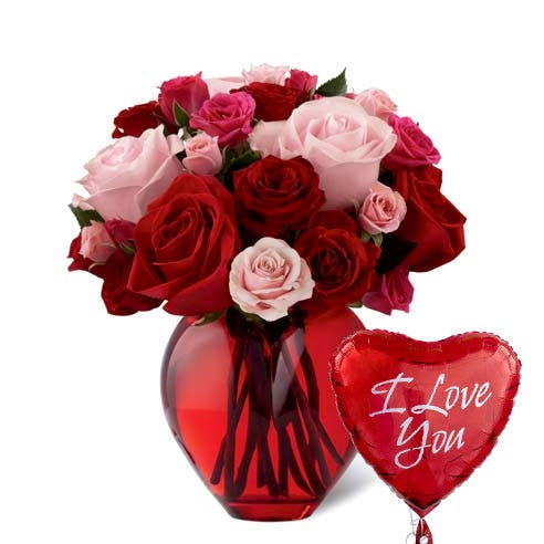 Red and pink heart shaped rose bouquet and I love you mylar balloon