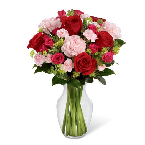 Cheap mothers day flowers free delivery red roses and pink carnations in a glass vase