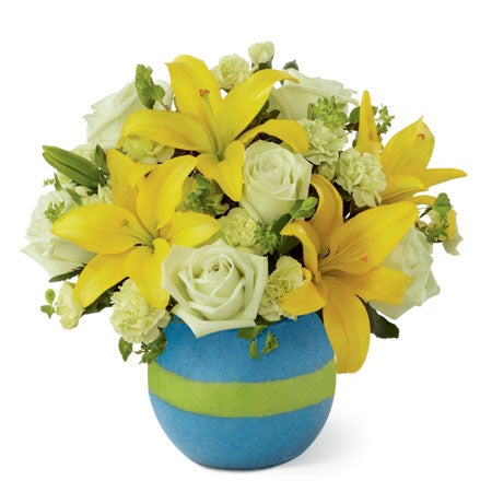 New baby flowers for cheap flower delivery, yellow lilies, green roses & cheap flowers.
