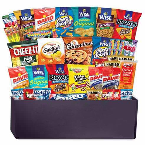 Snack gift basket with 50 snack gifts