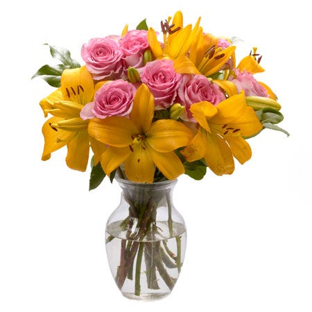 Yellow lily pink rose bouquet for same day flower delivery with mixed cheap flowers