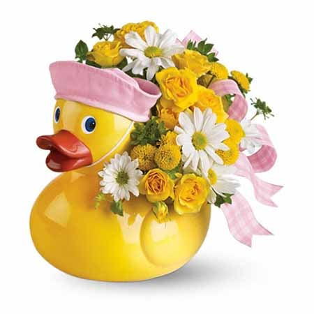 Easter gift ideas Easter baskets for babies toy duck and baby flowers