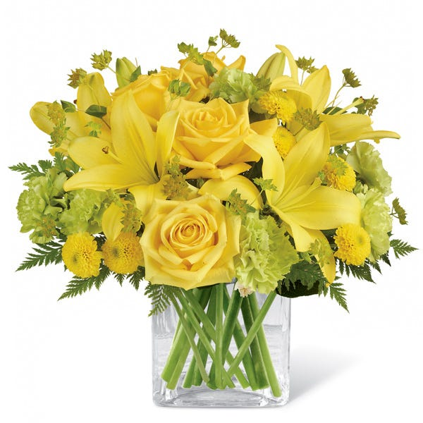 Yellow flowers bouquet with cheap flowers, yellow lily, and yellow roses