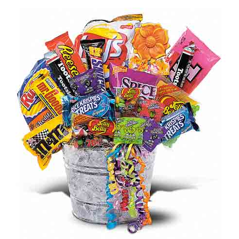 Ideas for Halloween gifts,a candy gift basket bucket