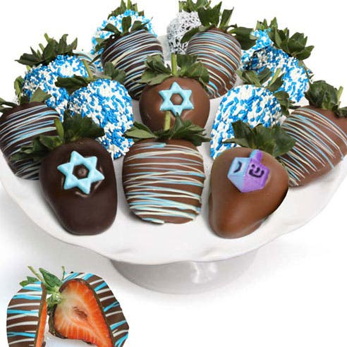 Hanukkah Chocolate Covered Strawberries (12 Pieces)