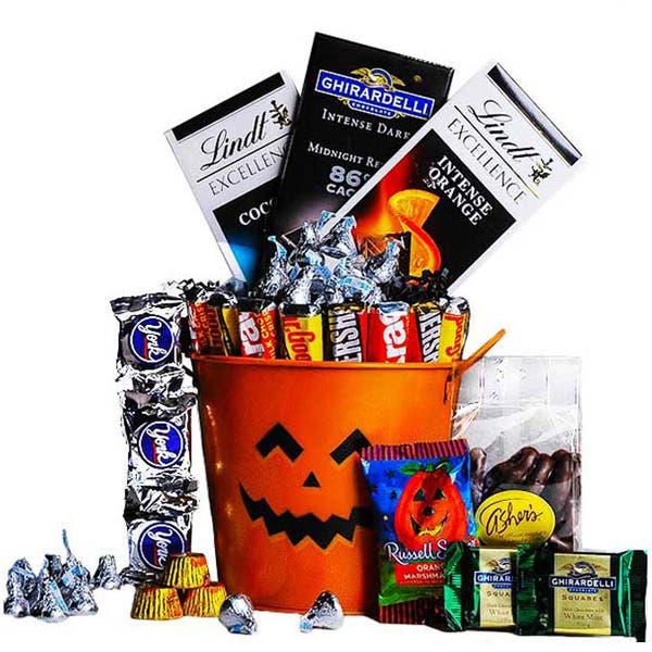 Gourmet Goodies Halloween Gift Bucket