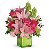 Lime Modern Lily Bouquet